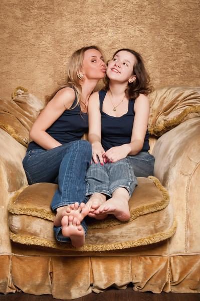Подружкин поцелуй